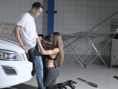 Petite cutie wants to make happy owner of expensive car