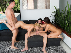 Squirting Swingers.