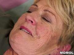 Granny's hair pussy got pounded