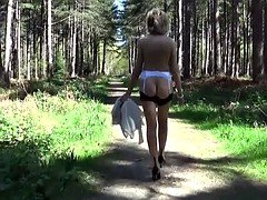 Naked Mature Lady Is Close To The Nature