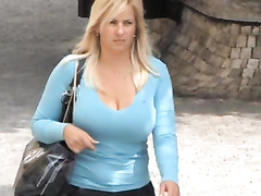 Candid huge-chested juggling fun bags vol 13