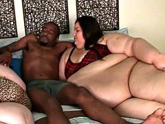 Gorda, Tetas grandes, Interracial
