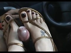 Footjob Shoejob in car