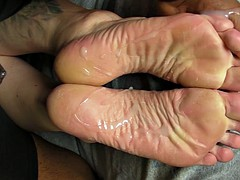 dj's high arches and soles cummed!