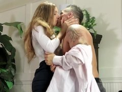 Office beauty gives her lean body to the boss until he cums