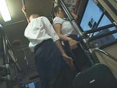 Hitomi pounded on the bus (censored)