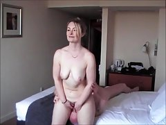 Amateur fucking with a facesitting