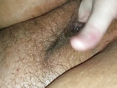 Beautiful curvy Carla loves daddy to fist her pussy