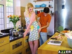 Pretty Carly Rae bangs with bf in the kitchen