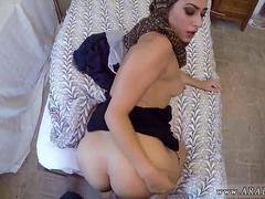 Arab bitch with a hairy cunt gets rammed on the bed