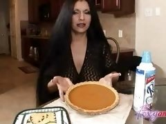 Boobalicious Latina Facial cumshot in Kitchen