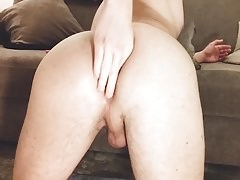 ANAL FISTING FOR A WET ASSHOLE