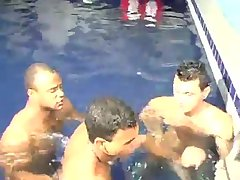 [GVC 481] Yummy trio sucking in the pool