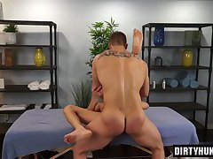 Muscle twink anal sex with facial