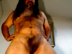 Kamaleo sexy and nude dance
