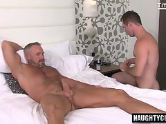 Big dick gays oral sex with cumshot