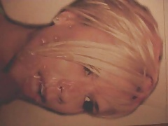 Victoria Beckhan facial 02