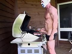 The Clown Grillin Out