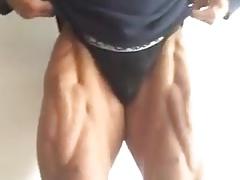Big bulge escort bodybuilder flexing bulgrian