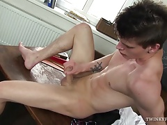 Twink Alexander Foot Fetish Jerk Off
