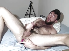 Bearded Hunk Intense Vibrator Cumming