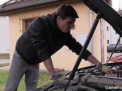 Big man seduces and fucks car-repairs hetero guy