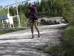 sissy gurl flashing her sexy ass