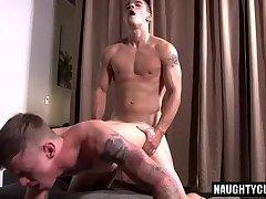 Big dick gay flip flop with cumshot