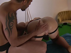 real men fuck raw (extreme ass stretch)
