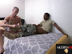 ARMY & MARINE: HE SUCKS SOLDIERS COCK