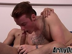 Nasty Dominic and Billie Starz fucking without any condoms