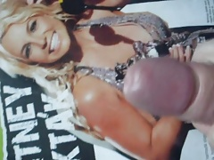 Britney Spears cum tribute.