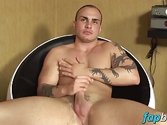 Franko Gold jerks of on the sofa solo