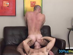 Rimming hunk gets ass rammed