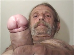 hairy dirty straight worker shows hisuncut big cock