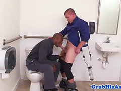 Black hung employee assfucked in the toiltet