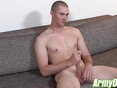 Justin Grey masturbates his huge spear in front of camera