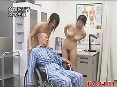 Japanese AV Xxx star nude and also playing