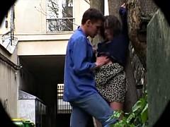 Lieveling, Frans, Buiten, Onder de rok, Bekijker