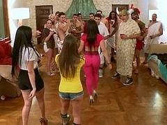 Américain, Brunette brune, Face assise, Groupe, Hard, Orgie, Fête, Réalité