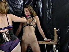 Skinny looker likes being tied up and having her twat pinche