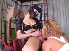 Ninja transexual mouthfucks a horny slave