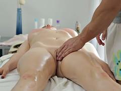 Nana, Belle grosse femme bgf, Gros seins, Tir de sperme, Femelle, Massage, Rasée