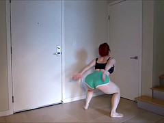 PAWG MILF Jump Squats Exercise