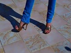 heeled sandals and delicious feet