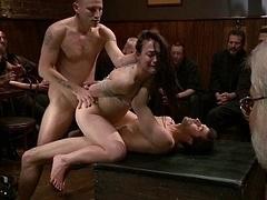 Anal, Sadomasoquismo, Morena, Emo, Grupo, Sexo duro, Orgía, Público
