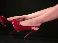 Sexy brunette feet 3