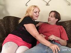 Chubby beauty Jade rose enjoys a fat dick