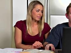 Chad Rockwell drills Christen Courtneys wet pussy