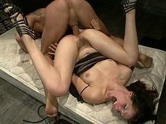 Anaal, Bondage discipline sadomasochisme, Bruinharig, Emo jongen, Extreem, Vernedering, Straf, Slaaf